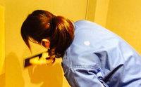 おそうじ本舗鹿児島西田店 女性スタッフの作業風景