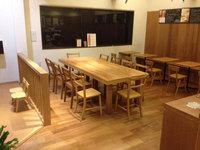 鹿児島市 パン屋さん店舗定期清掃クリーニング フローリング床洗浄ワックス イートインスペース 作業完了