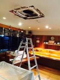 店舗業務用エアコンクリーニング 天井埋め込み型天カセ4方向タイプ