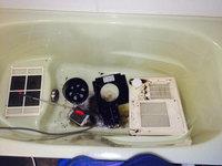 浴室乾燥機クリーニング パーツ洗浄中 鹿児島市