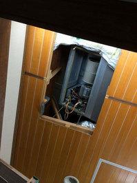 家庭用天井埋め込み型ダクトエアコン クリーニング