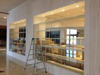 イオンモール鹿児島 増築 新店オープン前清掃 ショーウインドウガラス清掃
