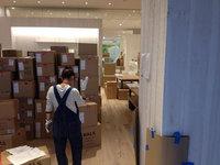 イオンモール鹿児島 増築 新店オープン前清掃 清掃完了後の商品搬入