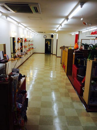 美容室店舗ワックスと業務用エアコンクリーニング 床洗浄&ワックス作業完了 鹿児島市