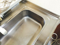 戸建 キッチン台所クリーニング シンク水垢除去中 鹿児島市中山