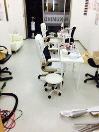 店舗フロア洗浄ワックスサービス 作業前 ネイルサロン 鹿児島市永吉方面