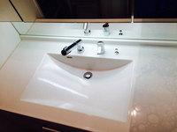 キッチン周り、浴室他清掃クリーニング 洗面所のクリーニング作業完了 分譲マンション 鹿児島市小松原方面