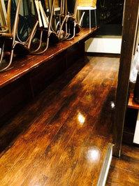 店舗・業務用エアコンクリーニング ホテル内レストラン お得意様 鹿児島市天文館方面 フロア洗浄ワックス完了2