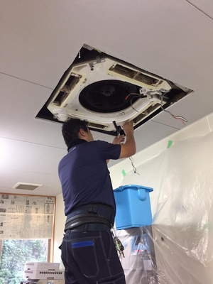 介護施設 業務用エアコン分解洗浄クリーニング 鹿児島市坂元方面③